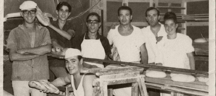 Tradición auténtica y de calidad Lorca Murcia @https://pasteleriasblancoyazul.com/